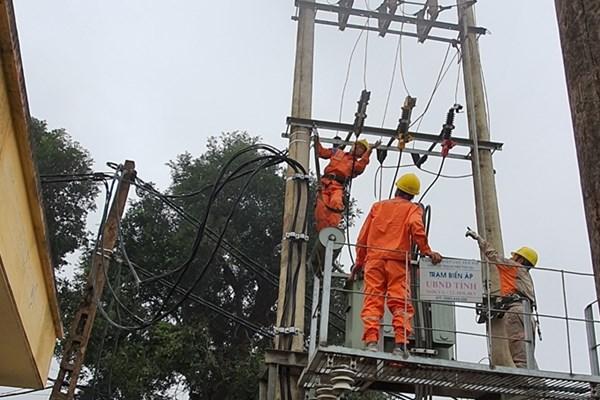 Nhiều giải pháp đảm bảo cung ứng điện trong mùa nắng nóng
