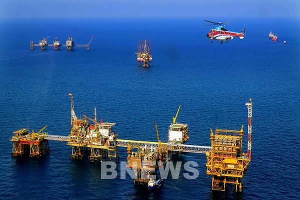PVN: Giá dầu thô  giảm 1USD/ thùng, doanh thu giảm 2.200 tỷ đồng/năm