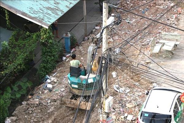 Kiến nghị ngừng cấp điện với các trường hợp vi phạm trật tự xây dựng
