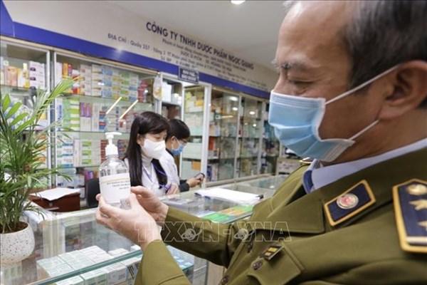 Hà Nội xử lý nghiêm cơ sở bán thuốc găm hàng, tăng giá