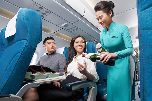 Vietnam Airlines và Vinpearl đề xuất tặng 5.000 kỳ nghỉ trọn gói  tri ân lực lượng y tế