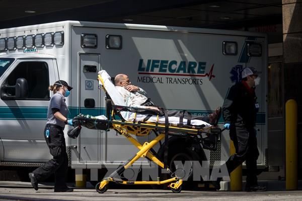 Dịch COVID-19: Số ca tử vong mới tại Mỹ giảm trong 24 giờ qua