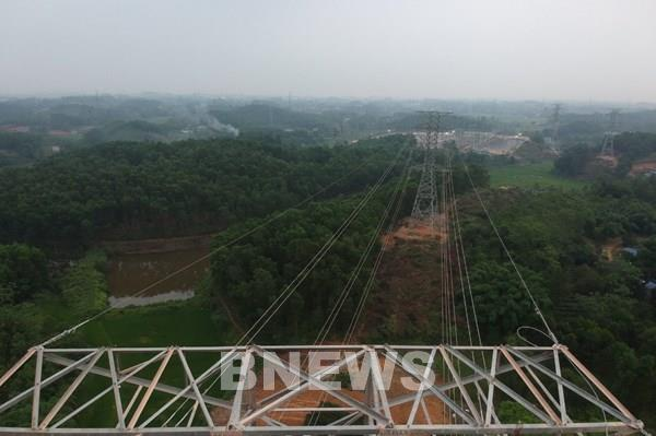 Đóng điện Nhánh rẽ 220 kV thuộc TBA 220 kV Lưu Xá