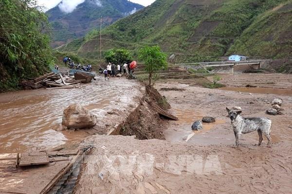 Thủ tướng chỉ đạo tập trung ứng phó, khắc phục hậu quả dông lốc, sét, mưa đá