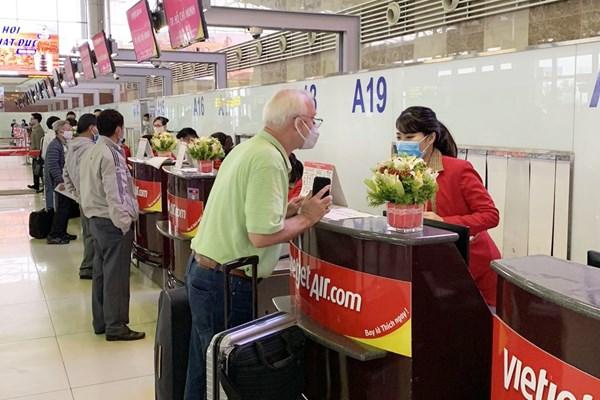 Vietjet hỗ trợ hành khách bị thay đổi lịch trình bay do ảnh hưởng từ dịch