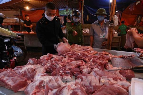 Xử lý vi phạm về đầu cơ, găm hàng, định giá bất hợp lý với mặt hàng thịt lợn