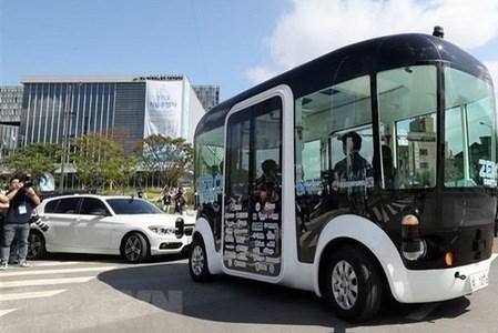 Hàn Quốc sẽ đầu tư gần 900 triệu USD phát triển công nghệ cho xe tự hành