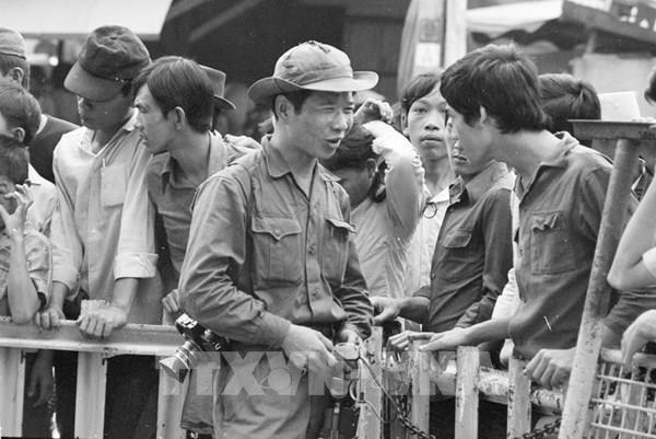 45 năm thống nhất đất nước: Nhà báo Đinh Quang Thành và những khoảnh khắc lịch sử
