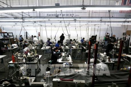 Dịch COVID-19 phơi bày sự khác biệt trong mô hình tăng trưởng của Mỹ và Trung Quốc