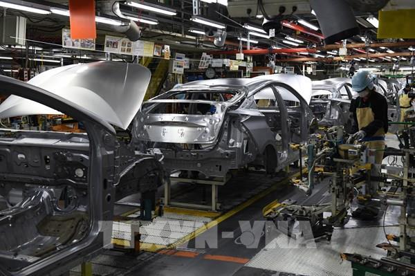 Volkswagen và Toyota hoãn kế hoạch nối lại hoạt động tại các nhà máy ở Mỹ