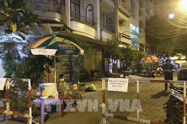 Tp Hồ Chí Minh: Phong tỏa 39 căn hộ chung cư liên quan ca tái mắc COVID-19