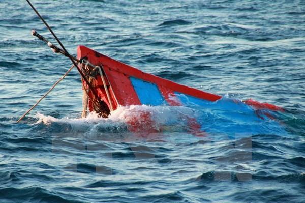 Bình Thuận ra công văn hỏa tốc về hỗ trợ tàu cá bị đâm chìm trên biển