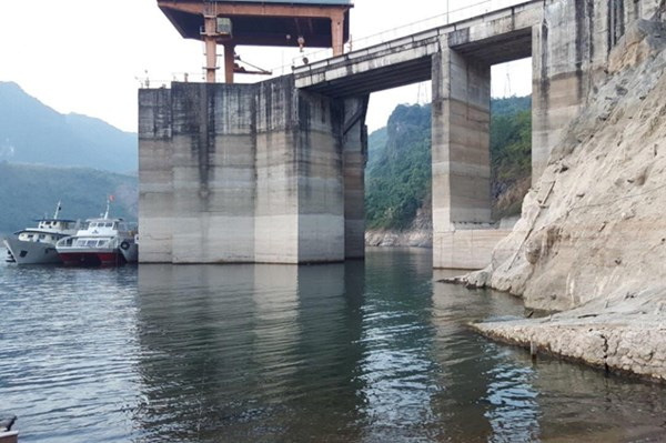 Mực nước hồ thủy điện Hòa Bình chỉ đạt 89% trung bình nhiều năm