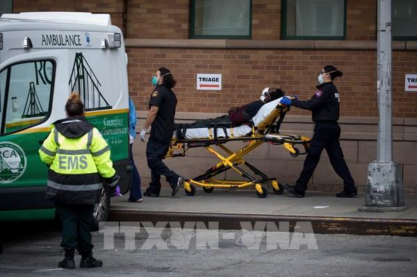 Mỹ ghi nhận 2.333 ca tử vong do mắc COVID-19 trong 24 giờ