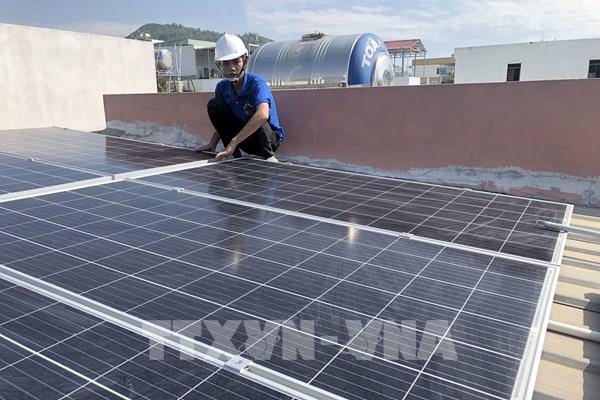 Bình Định khuyến khích hộ gia đình lắp đặt điện mặt trời áp mái