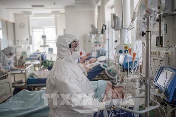 Cập nhật COVID-19 tối 7/5: Nga vượt Đức và Pháp về số ca nhiễm