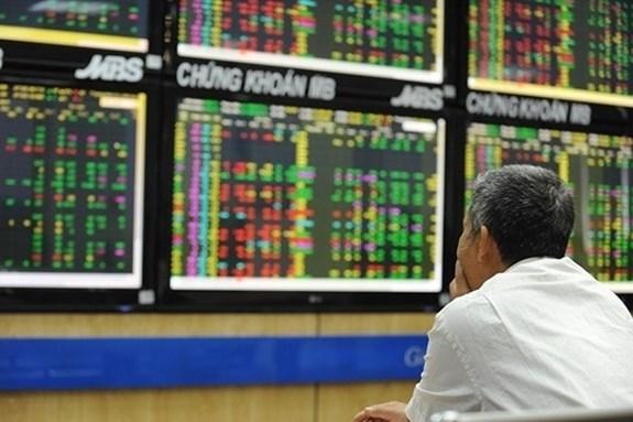 Thanh khoản thị trường cổ phiếu tăng trưởng mạnh trong tháng 6
