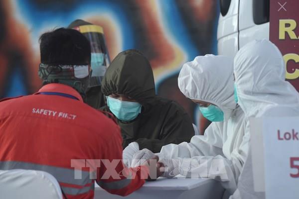Indonesia đặt mục tiêu khống chế dịch COVID-19 trong tháng 5 và 6