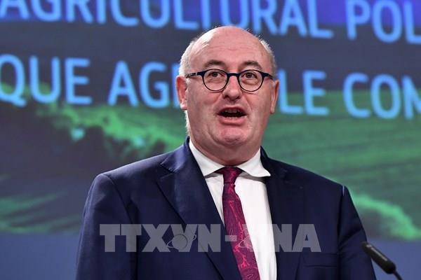 Ủy viên thương mại EU: Không có dấu hiệu cho thấy Anh muốn đàm phán thương mại thành công