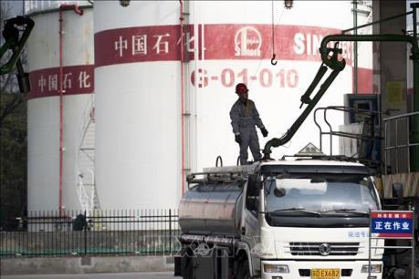 """Trung Quốc bỏ lỡ cơ hội """"tỏa sáng"""" trên thị trường dầu mỏ"""