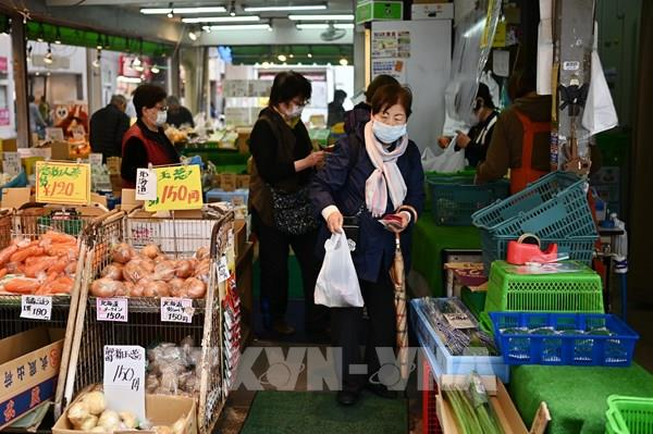 Nhật Bản phạt tù hành vi đầu cơ mặt hàng vệ sinh diệt khuẩn