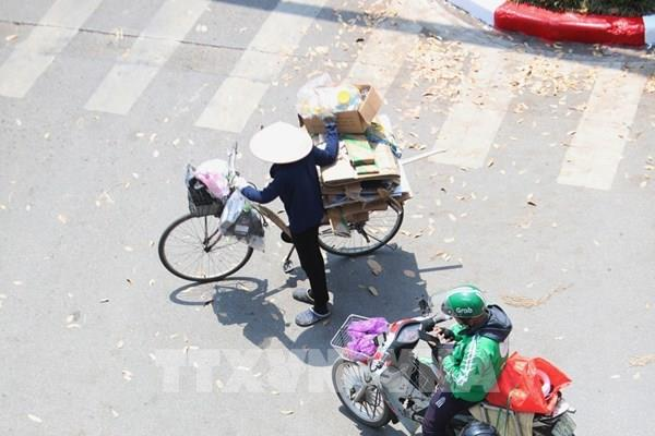Các tỉnh Trung và Nam Trung Bộ nắng nóng gay gắt, chỉ số tia UV gây hại rất cao