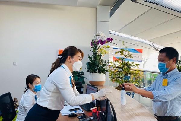 Vietnam Airlines mở cửa trở lại hệ thống phòng khách Bông Sen