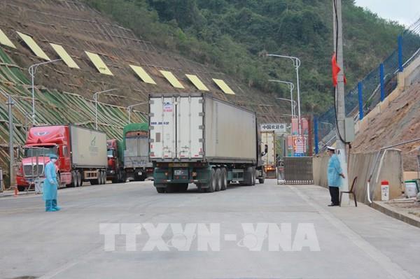 Linh hoạt giải pháp thúc đẩy giao thương hàng hóa khu vực biên giới