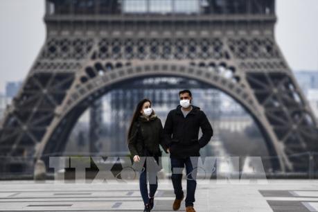 Hậu COVID-19: Phục hồi kinh tế Pháp phụ thuộc vào người tiêu dùng