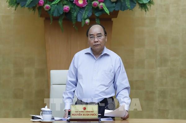 Thủ tướng Nguyễn Xuân Phúc: Không được ép dân ký đơn từ chối nhận hỗ trợ của Nhà nước