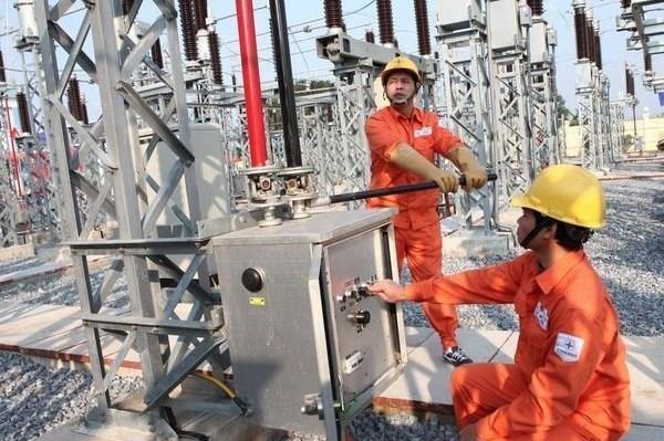 EVN đẩy nhanh tiến độ các dự án truyền tải cho năng lượng tái tạo