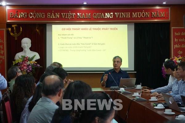 Làm gì để kinh tế Việt Nam phát triển sau dịch COVID-19?