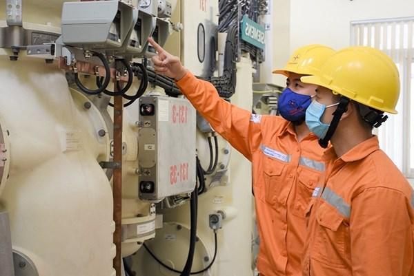 Chính phủ biểu dương EVN về giảm giá điện cho người dân và doanh nghiệp