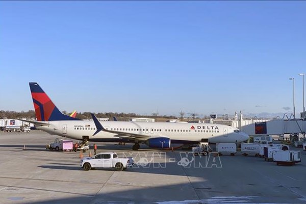 """Delta Air Lines sẽ vẫn """"đốt tiền"""" cho đến mùa Xuân năm sau"""