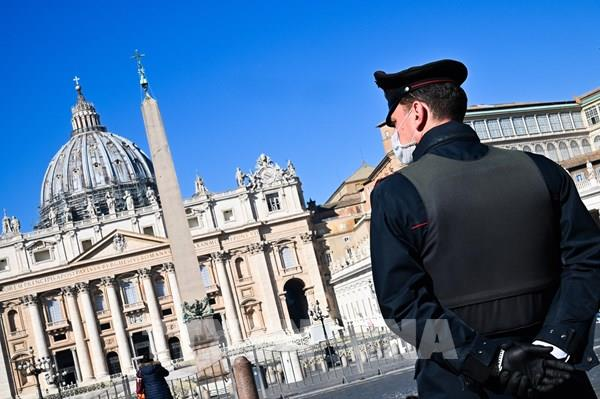 Nhà thờ Thánh Peter (Vatican) mở cửa trở lại