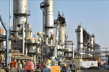 Giá dầu lao dốc, lợi nhuận của Saudi Aramco giảm 73%