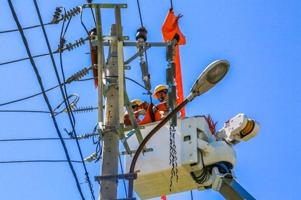 Nắng nóng diện rộng, EVN  khuyến cáo sử dụng điện tiết kiệm