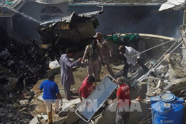 Vụ rơi máy bay chở khách ở Pakistan: Không còn người sống sót