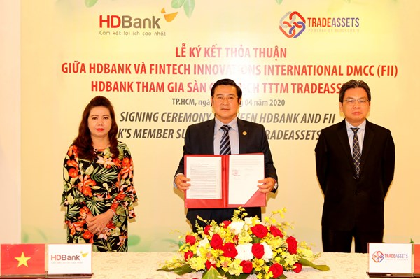 HDBank ứng dụng công nghệ số hóa trong hoạt động ngân hàng đại lý