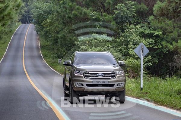 Tiện nghi và an toàn nhờ công nghệ kết nối trên ô tô