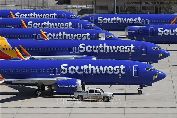 Nhiều hãng hàng không Mỹ thực hiện giãn cách hành khách ít nhất đến tháng 7