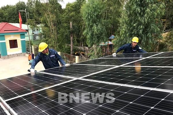 Từ 23/5, EVN ký hợp đồng và thanh toán tiền điện mặt trời mái nhà cho khách hàng