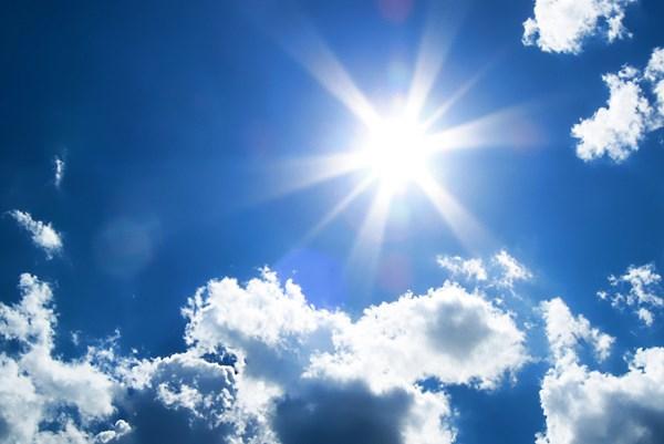 Ánh nắng Mặt Trời có thể vô hiệu hóa virus SARS-CoV-2