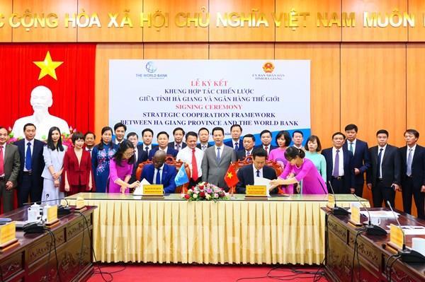 Hà Giang ký khung hợp tác chiến lược với Ngân hàng Thế giới