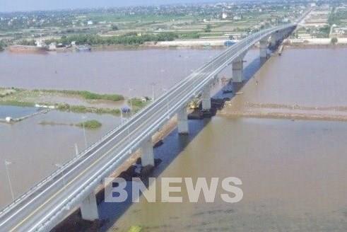Chính thức thông xe cầu Thịnh Long qua sông Ninh Cơ (Nam Định)