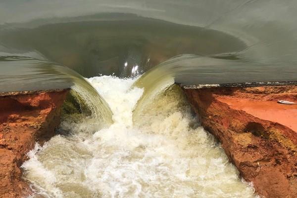 Vỡ đập Đầm Thìn, huyện Cẩm Khê (Phú Thọ): Sơ tán khẩn cấp nhiều hộ dân