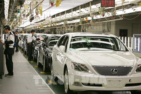 Sản lượng toàn cầu của các hãng ô tô chủ chốt Nhật Bản giảm mạnh