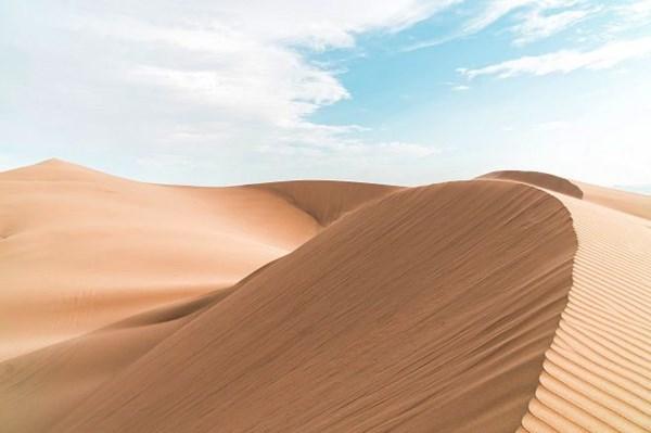 Bùn cát đổ tràn xuống đường ven biển Mũi Né