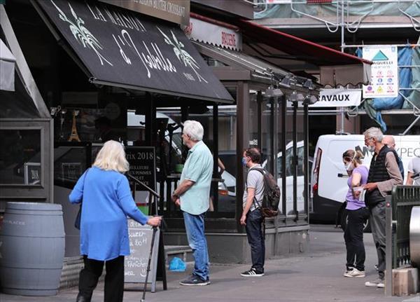Chi tiêu tiêu dùng tại Pháp giảm mạnh