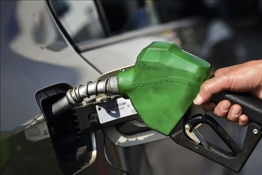 """Phạt 30 triệu đồng cơ sở kinh doanh xăng dầu có dấu hiệu """"găm hàng"""""""